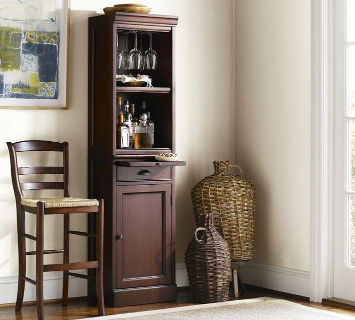 Tủ rượu góc tường